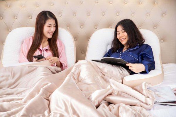 Q pillow หมอนตัว q หมอนนอนตะแคงเพื่อสุขภาพ