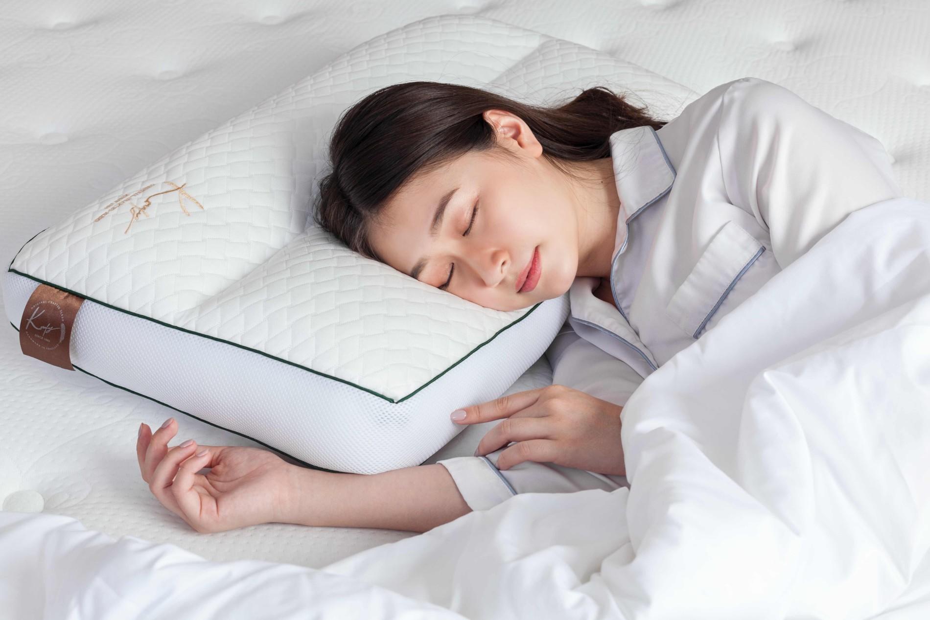 7 เทคนิคสร้างบรรยากาศห้องนอนให้หลับดีพร้อมหมอนที่หลับสบายที่สุด